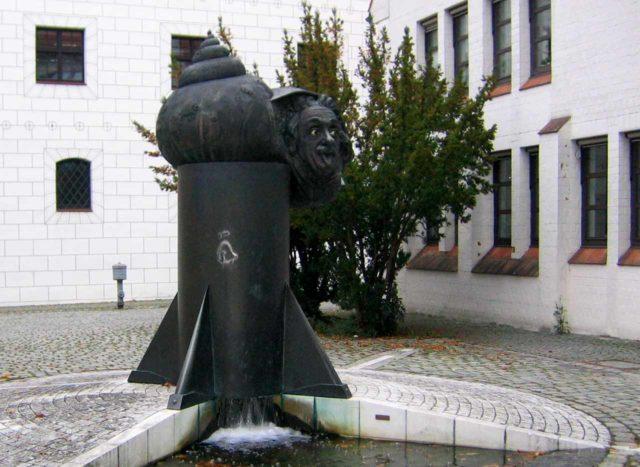Einsteinbrunnen Ulm