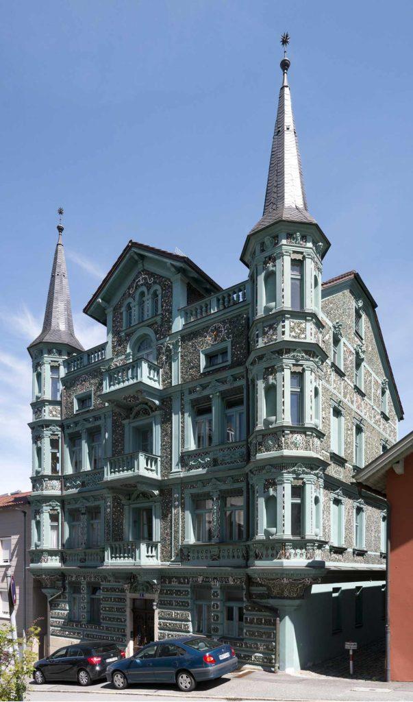 Glasscherbenvilla Passau Ostuzzi-Villa