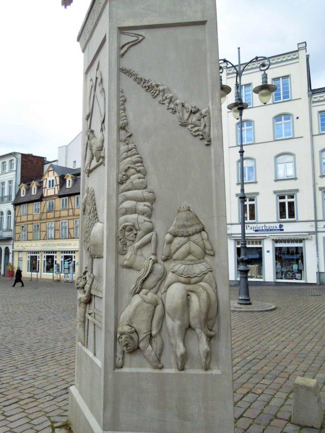 Löwendenkmal Bardowicker Gesäßhuldigung