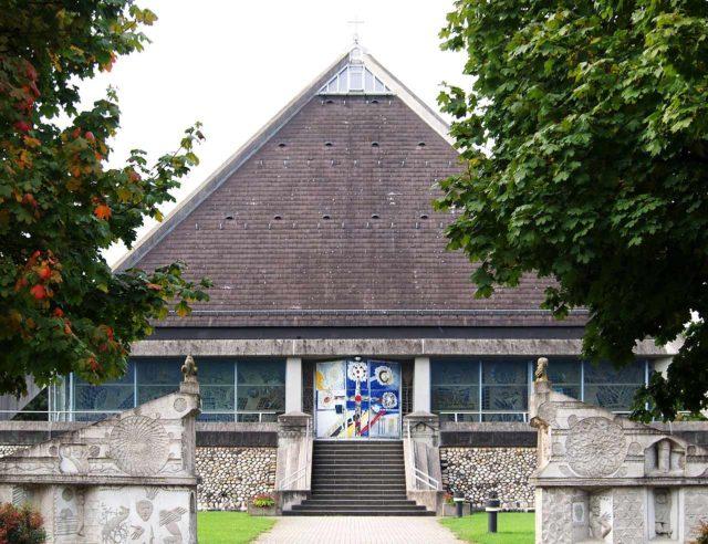 Autobahnkirche St. Christophorus (Baden-Baden)