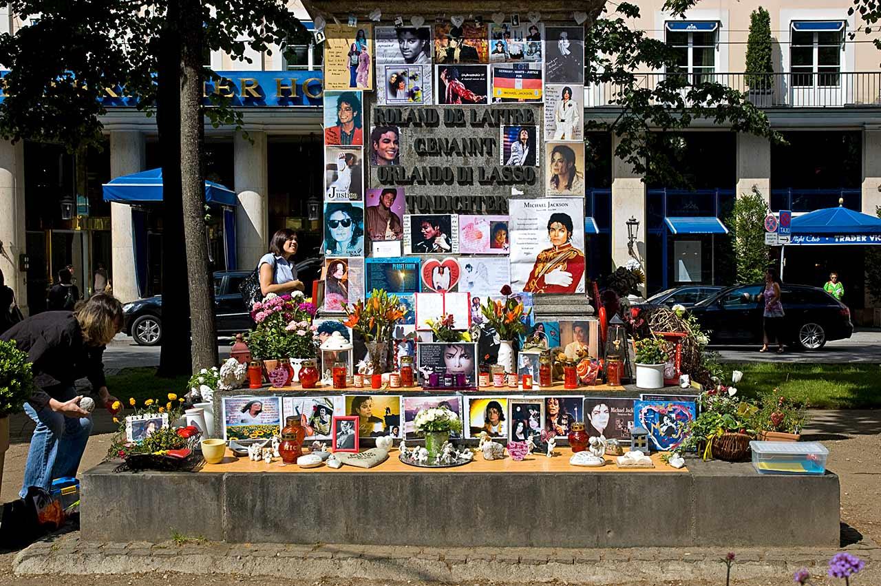 Orlando di Lasso Michael Jackson Denkmal