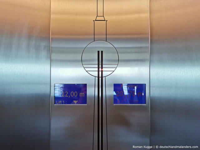 Anzeige Aufzüge Berliner Fernsehturm