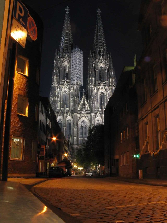 Gruseltouren durch Köln nachts
