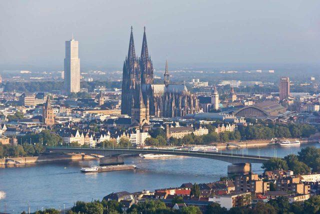 Rundflug über Köln