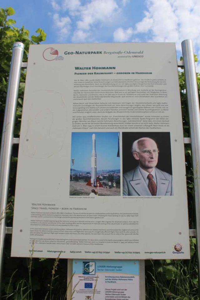 Walter Hohmann Denkmal Rakete Ariane 5